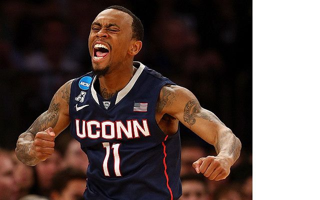 Elite Eight: Connecticut or Michigan State will be one step closer - Video - SI.com