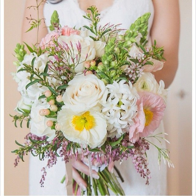 #willowbud #wedding #bouquet #hinterland #bride #flowers