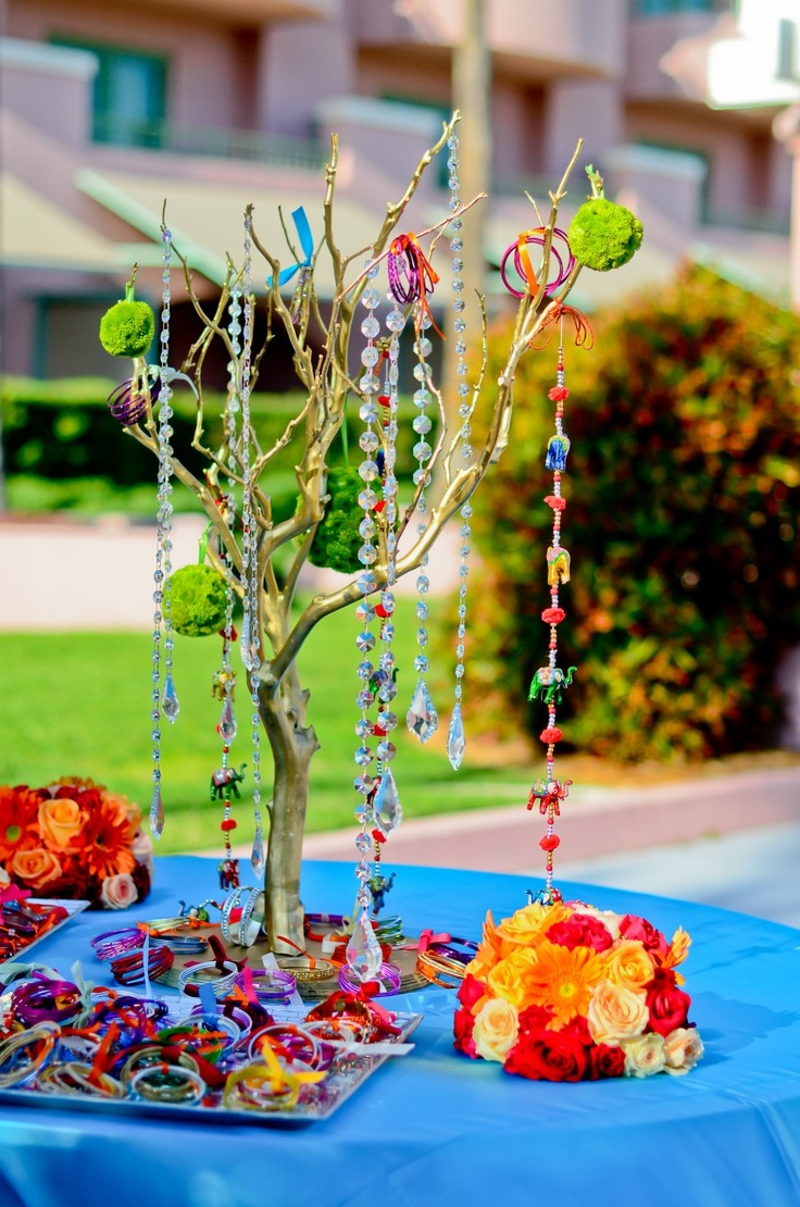 table for mehendi.. bangles as gifts for guests..