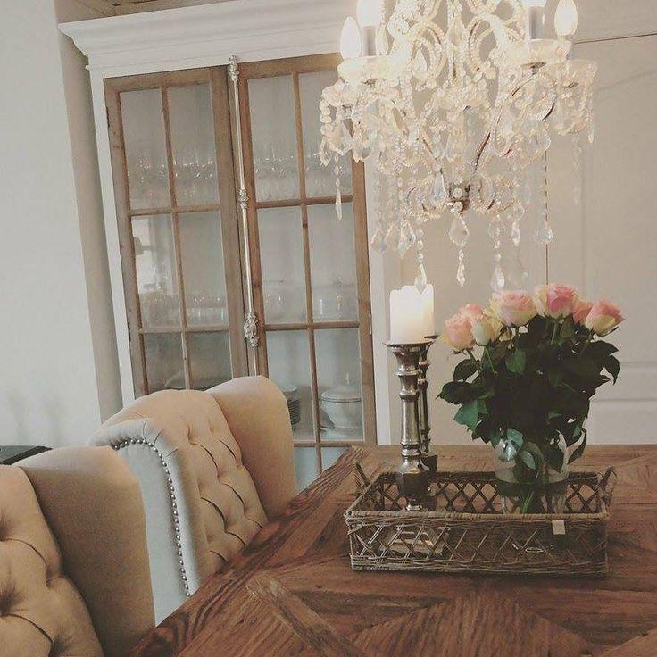 Manhattan Country Cabinet 120 Lekkert Hvitt Glassskap Med Tre Sprosser Til En Fantastisk Intropris Se Ifttt 1UdJ1or Classicliving Bildet Er Lnt