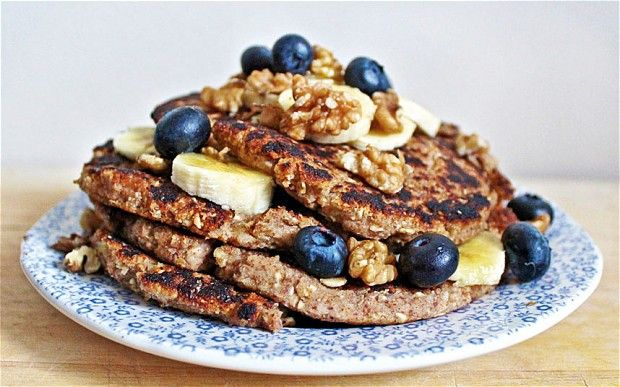 Deliciously Ella: inspiring healthy eating the world over. Banana pancakes