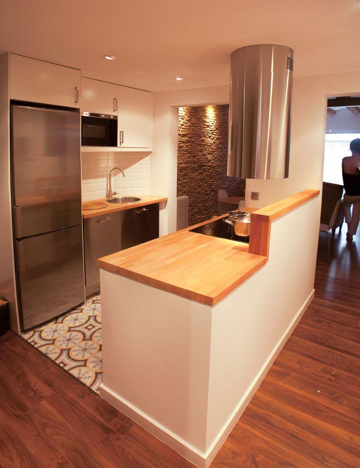 #Comedor #Cocina #Salon #vintage #decoracion via @planreforma #encimeras #barras de cocina #islas de cocina #suelos #baldosas #madera