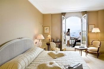 InterContinental Carlton Hotel Cannes Bedroom