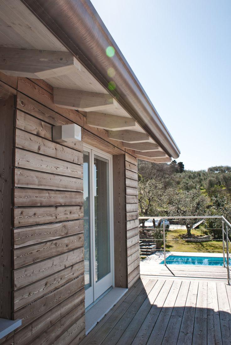 Casa prefabbricata in legno - rivestimento in larice - Torri del Benaco (VR)