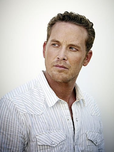 Cole Hauser, mmmmm red heads :)