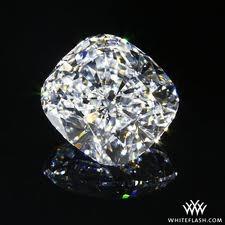 cushion cut diamonds my favourite! iknow right lol