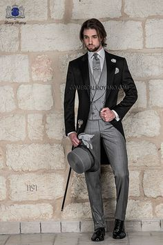 Snazzy!!! We like it! With a v waist coat instead of the straight though