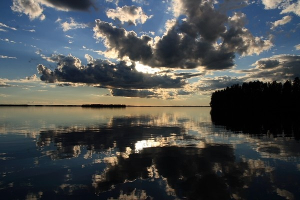 Land of thousand lakes.  #finland #lake