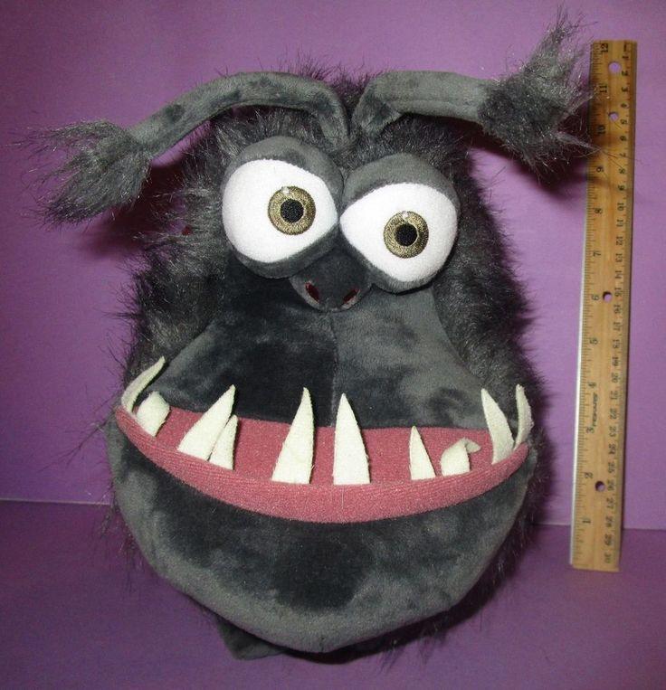 Despicable Me Minion Mayhem Universal Studios Plush Kyle Gru's Dog  #universalstudios