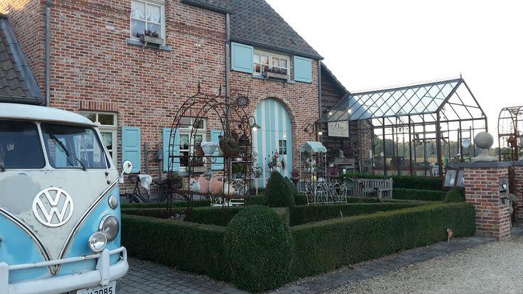 Woonwinkel en Webshop Romantisch landelijk wonen. Accessoires om een warme gezellige thuis maken. geschenken,landelijke decoratie, interieurinrichting enz