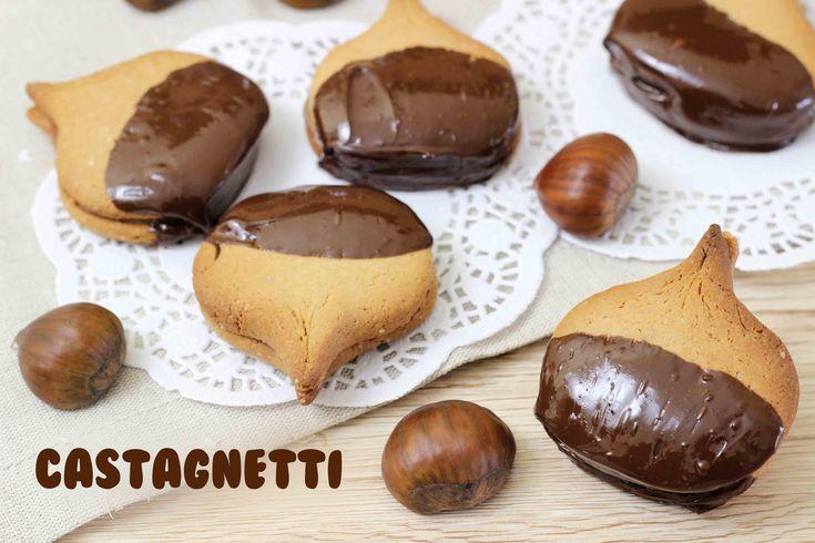 I castagnetti sono dei biscotti facilissimi da preparare e divertenti da fare, li ho chiamati così perché la loro...