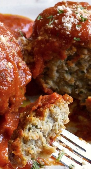 Slow Cooker Meatballs And Marinara Sauce...delicious served with any pasta or as a meatball sub sandwich!