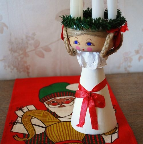 Santa Lucia candle holder. Sweet.: Santa Lucia, Girls Generation, Mondays, Lucia Candles, Svenska Flicka, Candles Holders, Swedish Heritage, Thrift Girls, Aprons Thrift