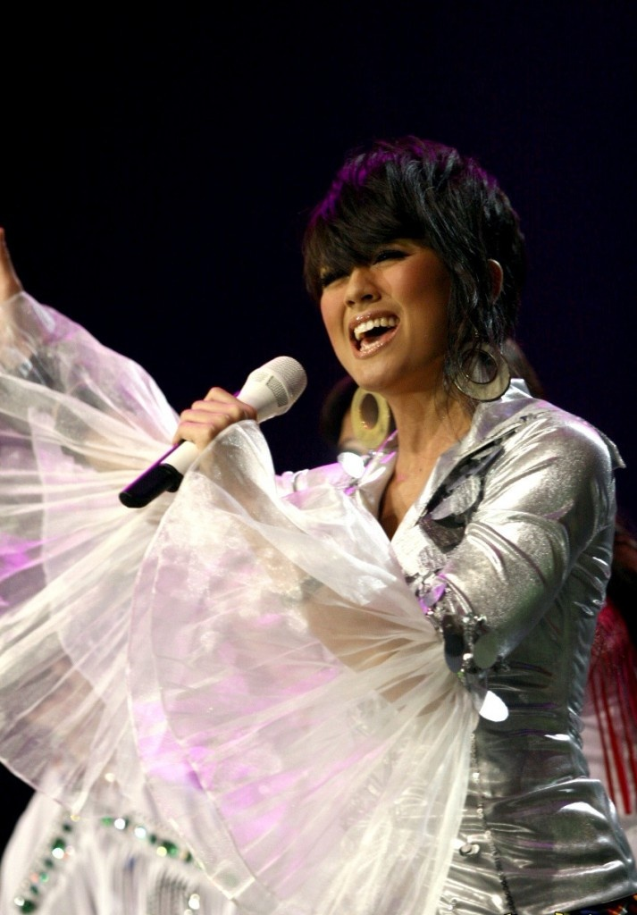 Agnes Monica : The Best Singer From Indonesia Is Getting Trouble With Airline
