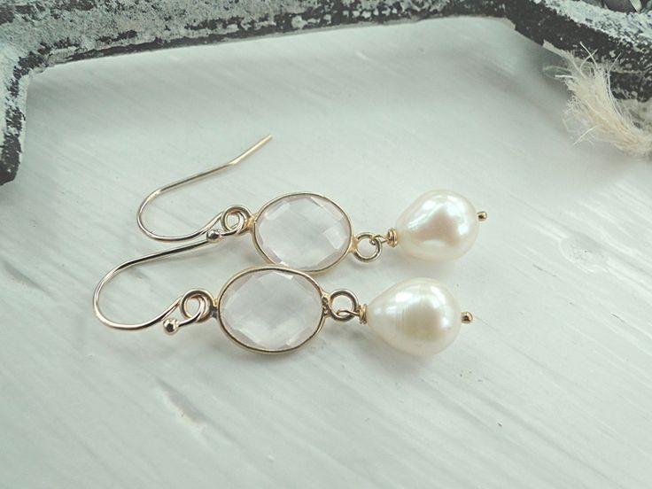 Ohrringe Rosenquarz Perle Beads vergoldet von EinzigARTigeS auf DaWanda.com