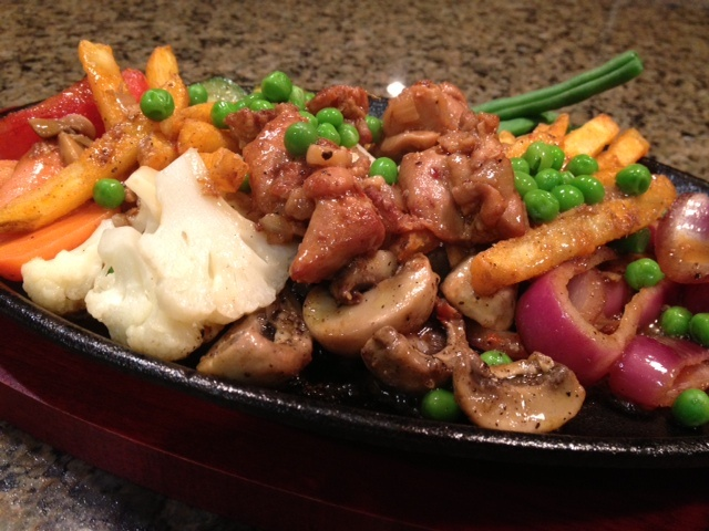Vegetable and Chicken Sizzling Platter, found on http://indianmomdotcom.blogspot.com/2013/03/the-motherland.html