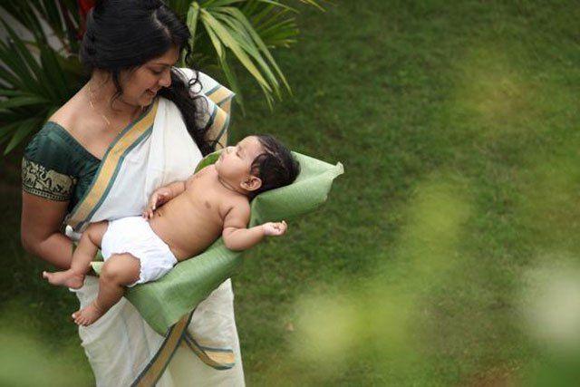 Hebammen sind für schwangere Frauen und deren Familien von großer Bedeutung. Ihre Arbeit beschränkt sich nicht nur auf die eigentliche Geburtshilfe, sondern umfasst die Betreuung der werdenden Mütt…