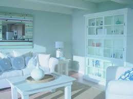 Décor Tips And Ideas For Your Beach House - http://athomeinnewportbeach.com/decor-tips-ideas-beach-house/