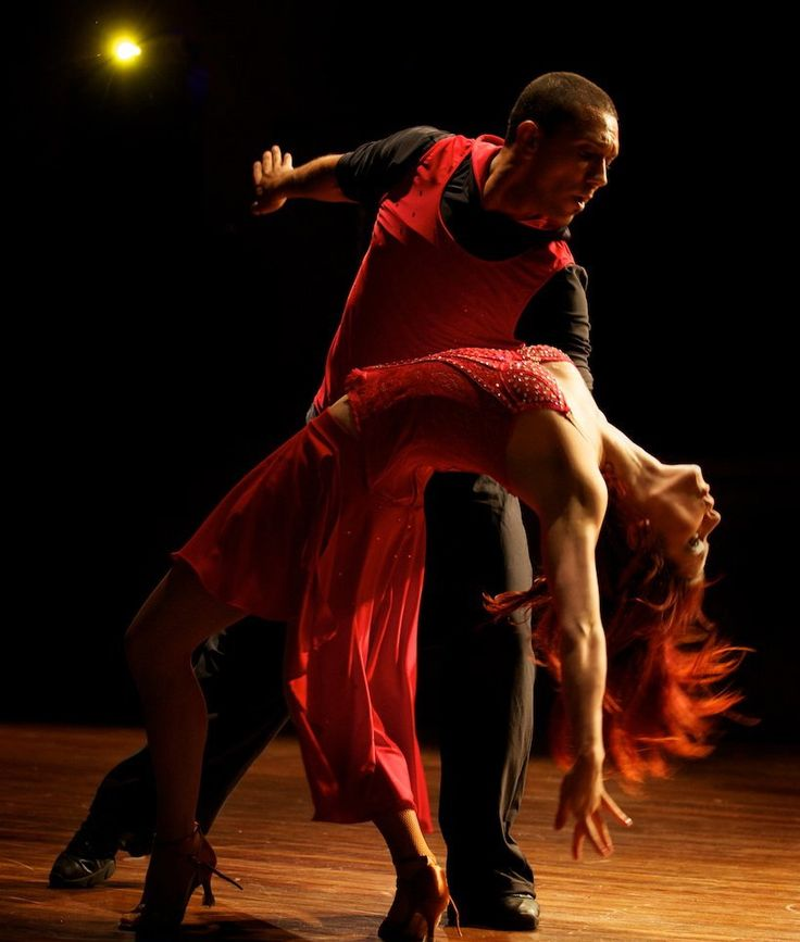 how to dance latin salsa