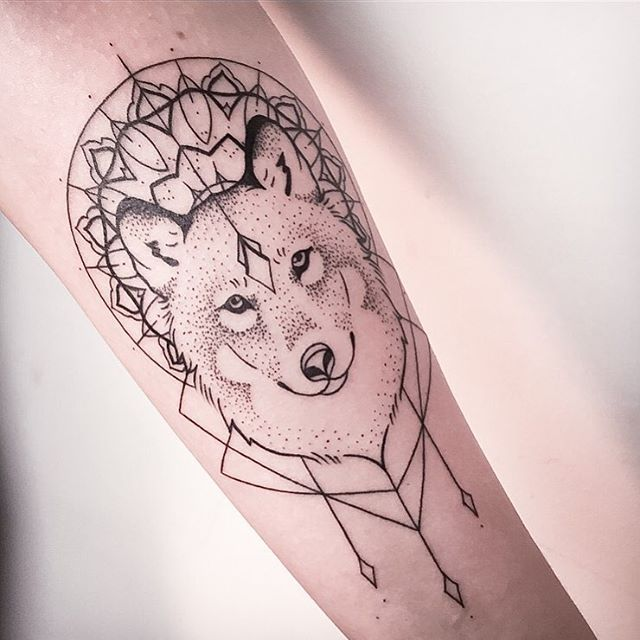 Wolf indie tattoo