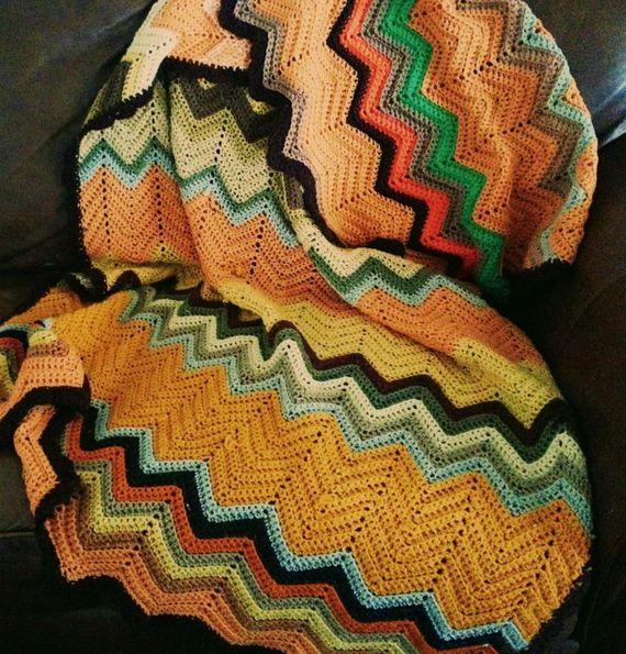 Beautiful Retro vintage hand knit autumnal color chevron afghan