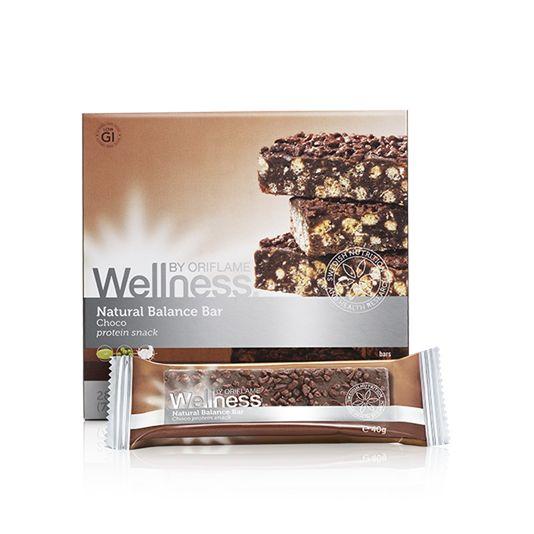 Natural Balance Bar Choco Tänk dig ett snack som... • Smakar gott • Är 100% naturligt • Inte ger en sockertopp • Inte har några artificiella smakämnen, färger eller sötningsmedel • Innehåller endast 150 kalorier • Innehåller mycket protein • Innehåller mycket fibrer  Finns i 3 smaker: Choklad och bär. Jag föredrar choklad Smiley smile  Natural Balance Bars - Bevis på att godsaker också KAN vara nyttiga!