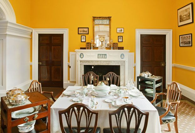 Monticello - Though the former Wedgwood blue walls inspired dining rooms throughout America, the color only dated back to 1936, before scientific paint analysis existed. Newer research by paint experts indicated that Jefferson actually chose this brilliant chrome-yellow color around 1815, when the pigment was one of the most fashionable and expensive of its time.