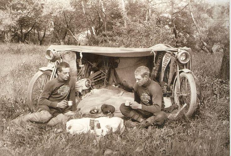 Harley Davidson et camping