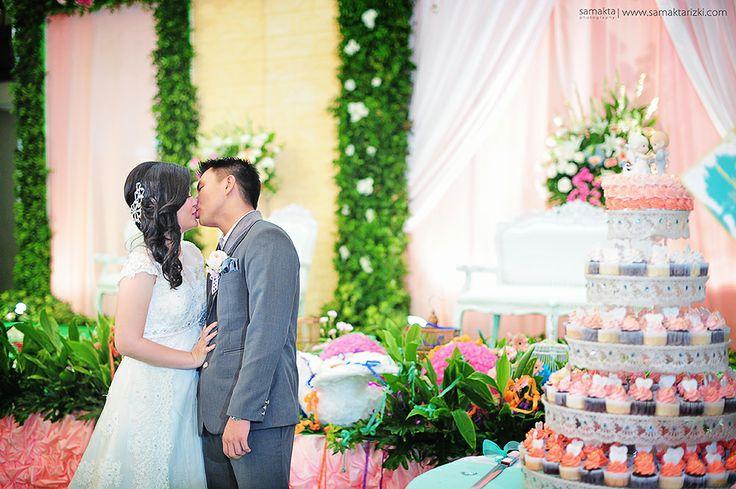 #indonesianweddingvendors #wedding, #prewedding & all about #photography Service  twitter : @noventata ig : http://instagram.com/samakta_photography PIN : 74E742CD http://www.samaktarizki.com/ +6285725983398  https://www.facebook.com/pages/Samakta-Photography/1480929115456891  #indonesianweddingvendors #love   #weddingphotography #indonesianphotography   #fotograferjogja  #photographer #weddingphotographer #weddingdirectory #indonesianweddingphotographer #jogjakartaweddingphotographer