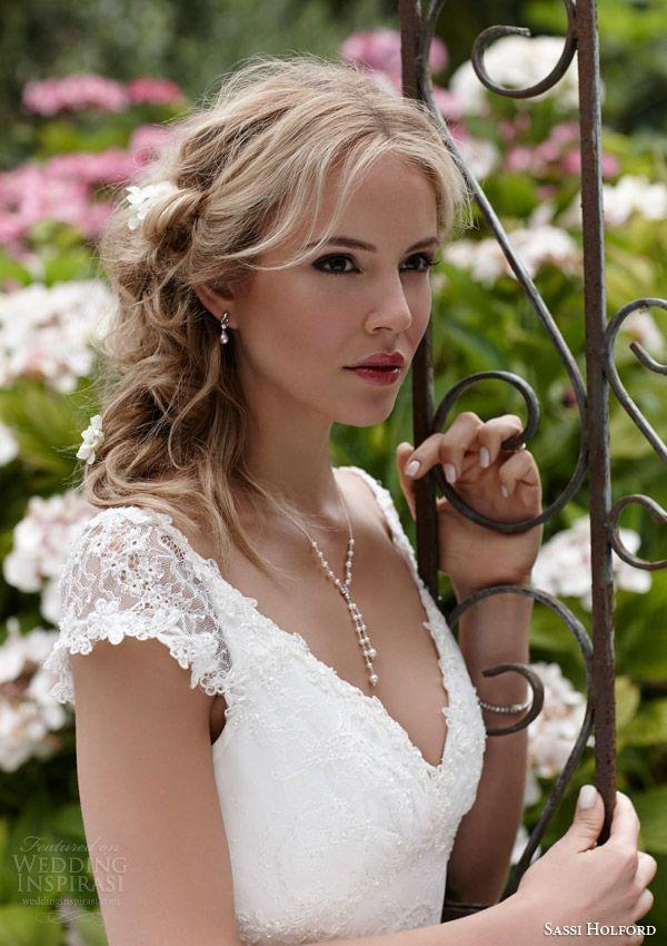 Sassi Holford 2015 Wedding Dresses — Signature Bridal Collection | Wedding Inspirasi