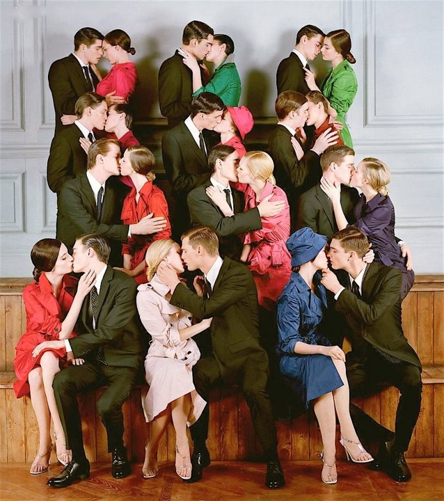 Imagine a couples kissing booth at a wedding where each couple could go in and take a kissy shot and Share a moment or a bit of advice and then you can put them all up in black and white, I think it'd be rad