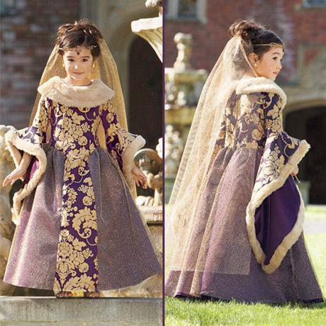Vestido de princesa, reina o dama antigua.