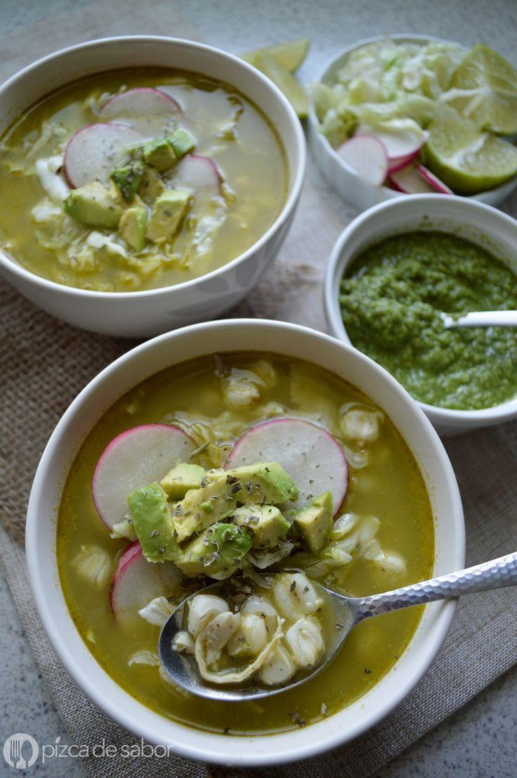 Pozole verde de pollo www.pizcadesabor.com