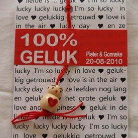 Leuk idee als bedankje: Gelukspoppetje (gepersonaliseerd)  http://www.trouwenz.net/