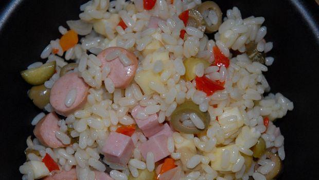 L'insalata di riso per i bambini con la ricetta veloce