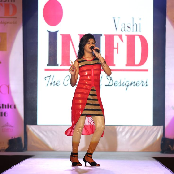 Singer Nithyashree performed at IVANA 2016 Fashion Show