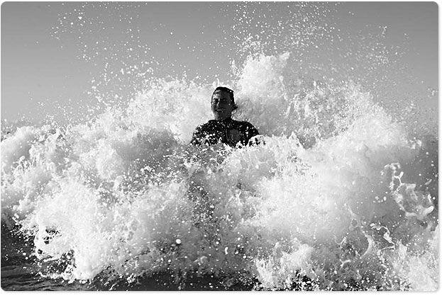 Big wave splashing