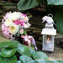 Красивый свадебный букет из роз Дэвида Остина пионовидных