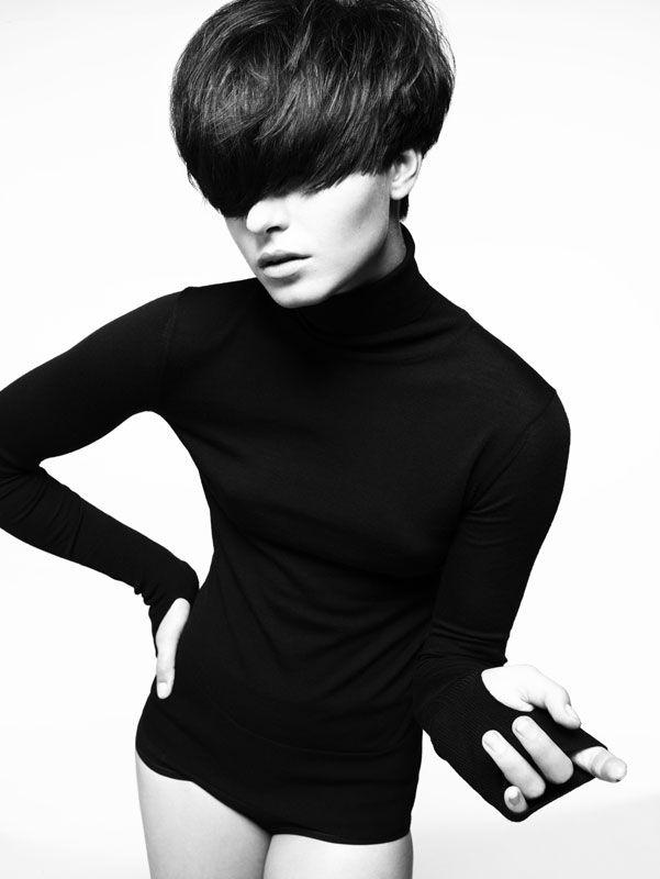 Hair: Akin Konizi Photography: Jenny Hands Styling: Damian Foxe Makeup: Natsumi Watanabe Products: Wella Professionals