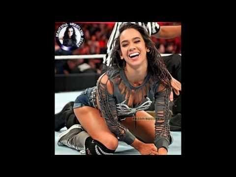 WWE WRESTLING  AJ LEE VS BRIE BELLA