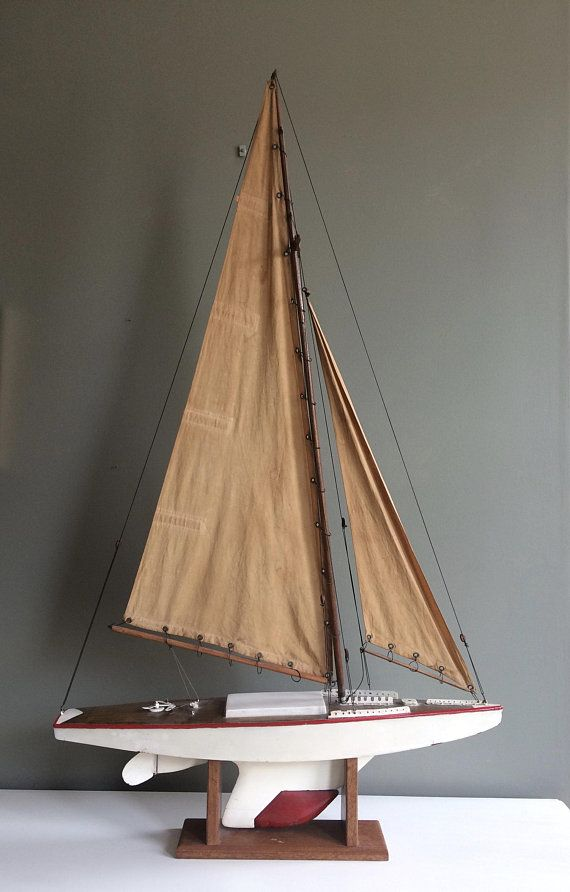 1940s vintage pond yacht model sail boat with original sails and