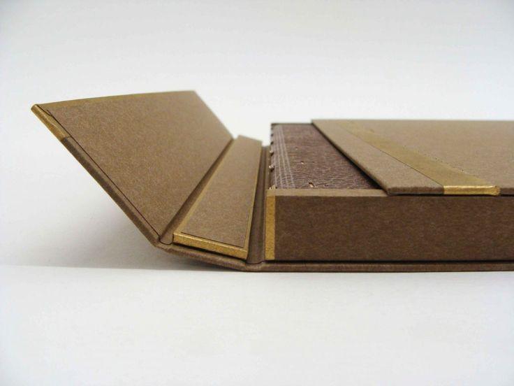 boite-reliure, coffret-reliure, coffret-bibliophilie, coffret-livre-précieux, julie-auzillon, sun-evrard, reliure-contemporaine, reliure-art, fine-binding, bookbinding