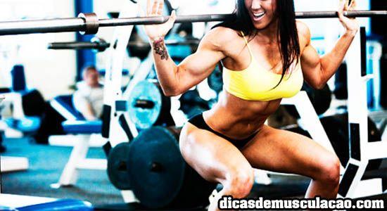 Treinamento de perna para as mulheres deve ser feito todos os dias? Entenda melhor como funciona esta divisão para ganho de massa muscular!