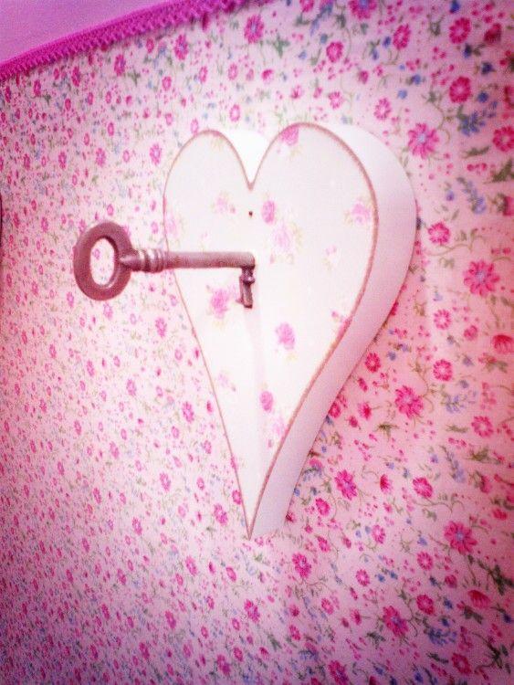 www.facebook.com /honey.sweetboutique