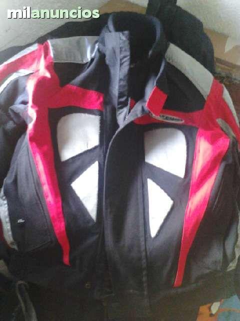 . Vendo chaqueta para moto cob protecciones Nitro Rancing talla M, nueva sin etiquetas