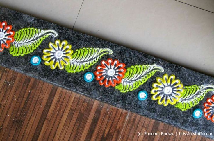 #Rangoli border design made with cotton buds and forks  https://m.youtube.com/watch?v=XNwkM30yoLE