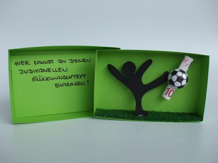 Geschenkbox Fußball,Geldgeschenk von Geld, Schmuck, Gutschein & Co. - Originell verpackt auf DaWanda.com