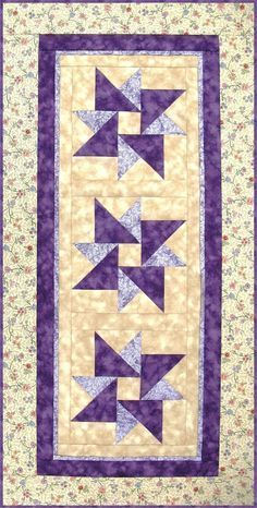 Table Runner Pattern, Wall Hanging Quilt Pattern – Twisted Star RGR-078e (electronic download) – Crafting EndeavourEmma Marsh