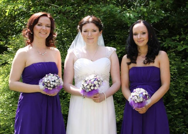 Beautiful bouquets with a purple vintage theme - don't they just match perfectly?