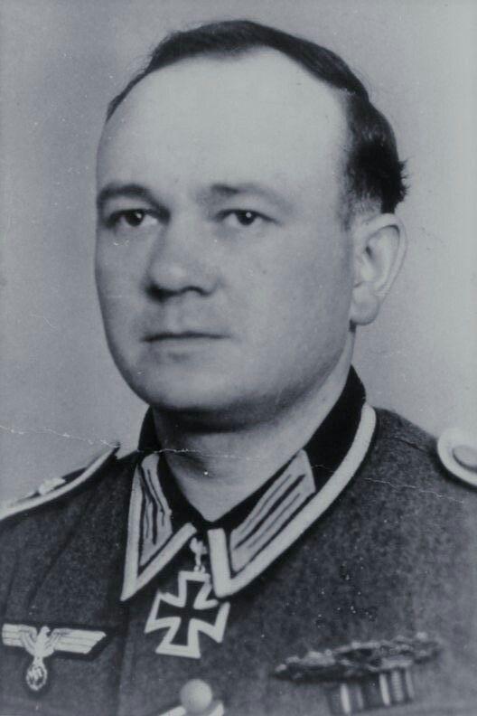 Oberfeldwebel Willi Koch (1909-1945), Führer 6./Grenadier Regiment 32, Ritterkreuz 16.04.1944, Eichenlaub (612) 16.10.1944